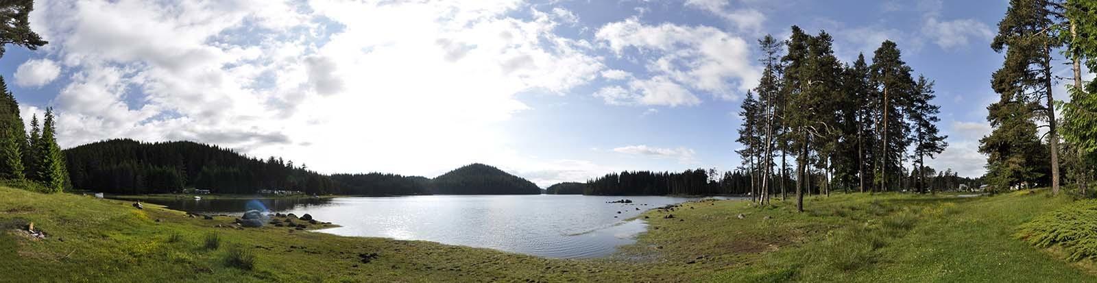 A to już serce dzikich Rodopów - tejemnicze jezioro Sziroka Polyana.